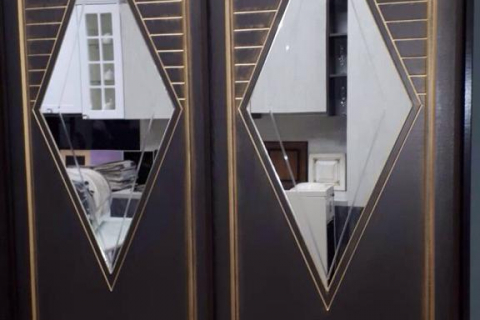 Уникальный фасад шкафа